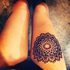 ¡Pisando fuerte! 50 tatuajes para piernas y muslos