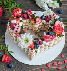 New Fruit Cake Birthday Number 17 Ideas Alphabet Cake, Fruit Birthday Cake, Heart Shaped Cakes, Valentines Day Cakes, Gateaux Cake, Number Cakes, Cupcakes, Cake Photography, Beautiful Cakes