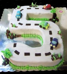 Cake Ideas For 5 Year Old Boy Birthday : 1000+ images about birthday cake for R on Pinterest Boy ...