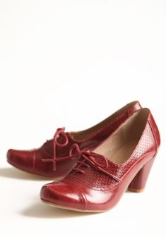 Oxford Heels In Burgundy