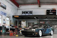 1:24 car-garage diorama by Mervin Selebio