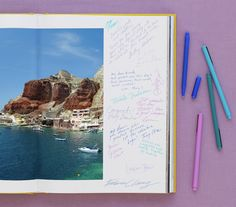 Coffee table book as guest book - This could be cool for the destination wedding... get a book about Bermuda and have ppl sign and write notes :)