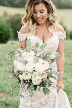The Enchanted Florist is an award-winning event and wedding florist in Nashville, TN Romantic Wedding Colors, Ivory Wedding Flowers, Classic Wedding Dress, Floral Wedding, Wedding Dresses, Wedding White, Wedding Bouquet, Hay Wedding, Barn Wedding Dress