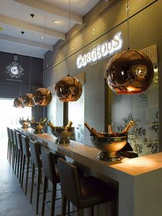 Gorgeous by Graham Beck, the first brand-exclusive bubbly bar in South Africa, has opened its doors at Steenberg in Constantia. Somerset West, Bubbly Bar, Style Lounge, Cape Town South Africa, Commercial Interiors, Places To Eat, Restaurant Bar, Wines, Bubbles