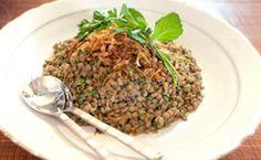 Receita para a ceia de Ano Novo: salada de lentilha com cebola caramelizada, por Rita Lobo.