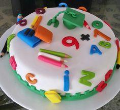 Torta grado Pre-escolar para mi sobrino Carlos Andres, la primera que hago con esa tamatica! Teacher Cakes, Kindergarten Party, School Cake, Sugar Bread, Cherry Cake, Pan Bread, Grad Parties, Cupcakes, Unicorn Party