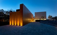 Casa MTY, Monterrey, Mexico, BGP Arquitectura, photo by Jorge Taboada  I like the warm yellow lighting