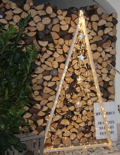 Christmas tree made of wooden slats and fairy lights Christmas tree made of wooden slats and fairy lights Xmas Tree, Christmas Tree Decorations, Christmas Crafts, Christmas Carol, Christmas 2019, Christmas Fairy, Wood Crafts, Diy And Crafts, Christmas Window Display
