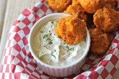 Buffalo Chicken Quinoa Bites with Greek Yogurt Blue Cheese Dip - These quinoa bites are perfect for snacking or as a party appetizer!