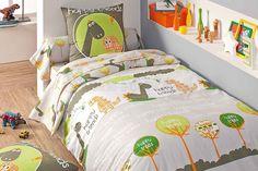 Linge de lit enfant DINO TRADILINGE - Literie-a-domicile.com  C'est trop chou :) Cottage Plan, Duvet Cover Sets, Bed Linen, Bedding Sets, Comforters, Kids Room, Blanket, Furniture, Home Decor