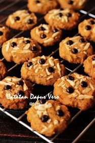 Kenari Choco Crunch Ini Resep Diambil Dari Bungkus Blue Band Cake And Cookie Sebenernya Hihihihi Iseng Kue Kering Mentega Resep Biskuit Resep Makanan Penutup