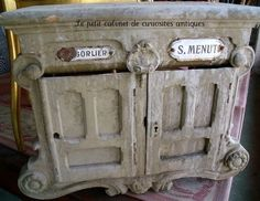 Beautiful french antique mailbox