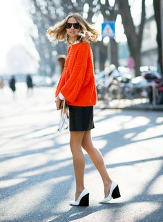 Wake up your work uniform with a punch of color. // #fashion #streetstyle