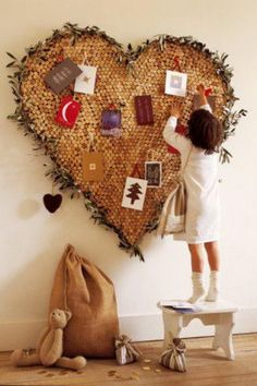 Heart Shape Wine Cork Board -10 Cool Wine Cork Board Ideas, http://hative.com/cool-wine-cork-board-ideas/,