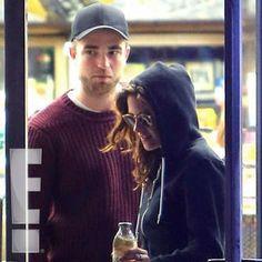 EXCLUSIVE! News/ Robert Pattinson and Kristen Stewart Grab Nighttime Goodies Together last night 4-28-13