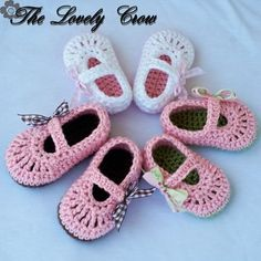 *** This is a crochet pattern, you are not buying a finished pair of shoes***        ** All of my patterns are written in U.S. terms. U.S. to U.K.