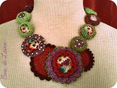 collier fleurs aux p'tits pois