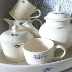 Emma Bridgewater Pottery, Sugar Pot, English Pottery, Basin, Dinnerware, Tea Party, Food To Make, Tea Cups, Sweet Home