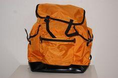 Toller Rucksack in Orange von MamaFriedaVintage auf Etsy Orange, Backpacks, Etsy, Beautiful, Bags, Vintage, Fashion, Awesome Backpacks, Black