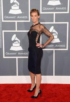 Faith Hill arrives at the 55th Annual GRAMMY Awards at Staples Center, LA, 10.02.2013 (3 HQ pictures)