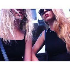 flav_89/2016/08/24 01:32:31/The outside looks no good and there ain't nothing underneath 👯 #london #londonlove #livinglondon #lovinglondon #londonsummer #summer #heatwave #londoncoffeshops #blondies #girls #black #totalblack #tlsp #thelastshadowpuppets #lyrics #quotes #alexturner #mileskane #usedtobemygirl