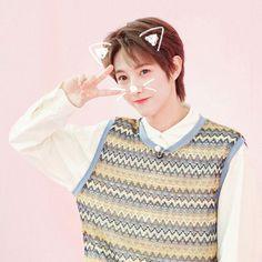 Sims 4 Tattoos, K Wallpaper, Boy Idols, Nct Life, Huang Renjun, Mark Nct, Cutest Thing Ever, Kpop, Cute Icons