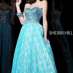 I just discovered this while shopping on Poshmark: Like New Sherri Hill Prom Dress. Check it out!  Size: 0