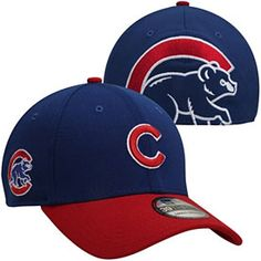 You'll definitely make heads turn when you wear this Chicago Cubs Clean Hit Classic Flex Fit Cap from New Era! This hat has a Chicago wordmark embroidered on the front, a contrast-colored bill and a large team logo embroidered on the back. Cubs Merchandise, Cubs Hat, Dope Hats, Chicago Shopping, Fitted Caps, Chicago Cubs, Team Logo, Royal Blue, Cool Stuff