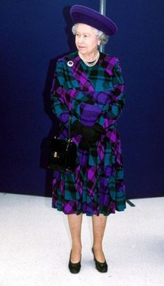 Queen Elizabeth II : : A richly coloured plaid outfit with glowing shades of purple, pink, and teal-blue - fabulous and so very late late Hm The Queen, Royal Queen, Her Majesty The Queen, Save The Queen, Queen Hat, King Queen, Queen And Prince Phillip, Prince Philip, Isabel Ii