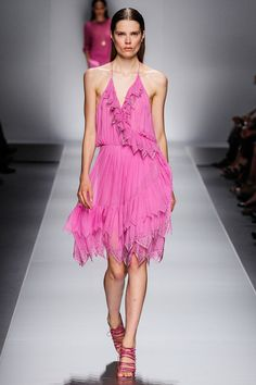See the complete Blumarine Spring 2013 Ready-to-Wear collection.