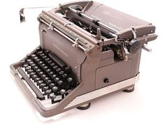 $165 1940's Underwood typewriter