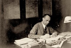Okay, exciting news. PennSound's new James Weldon Johnson page. Yes, hear the recorded voice of James Weldon Johnson. This is possible because Chris Mustazza did the sleuthing, the research, the digitizing, the editorial pondering, and because our friends at Columbia University's archive were helpful, and because the James Weldon Johnson estate wanted the recordings made available to all for free. https://jacket2.org/commentary/new-pennsound-james-weldon-johnson