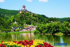 Castles and River Cruising - How Divine! #AmaSTN #rivercruise #luxurytravel #anniversarytrips