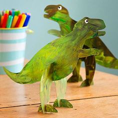 Simple Craft Projects for Kids: Stand-up Guys (via FamilyFun magazine)