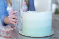 How to Make Lauren Conrad's Frosted Mint Ombre Cake