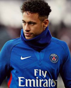 Real Madrid ready to make bid for Neymar - HF Cristiano Ronaldo, Best Football Skills, Neymar Jr Wallpapers, Neymar Psg, Neymar Brazil, Neymar Football, Soccer Quotes, Fc Barcelona, Barcelona