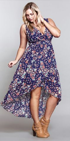 There is something so sexy about a pretty printed hi-lo dress...