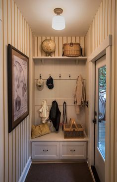 Hall decoration ideas home entrance decoration ideas entrance hall decor entry hall decor hallway mirrors with . hall decoration ideas home Entry Hall Furniture, Small Room Design, House With Porch, Entryway Furniture, Hall Decor, Small Mudroom Ideas, Mudroom Design, Hall Furniture, Entrance Hall Decor