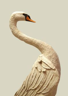 swan in paper-mâché by Mélanie Bourlon, Sculptures en papier mâché