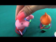 Peppa Pig in English. A pie or cookies. Peppa and her friends cook sweet...