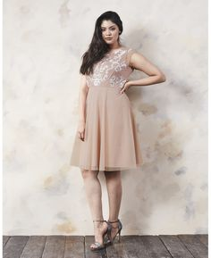 At Simply Be, you'll find the latest plus size fashion clothing available in sizes From plus size jeans and dresses to trendy tops, Simply Be's women's clothing features fashionable outfits for every occasion. Trendy Plus Size Dresses, Plus Size Jeans, Trendy Tops, Special Occasion Dresses, Skater Dress, Blush Pink, Plus Size Fashion, Party Dress, Bridesmaid Dresses
