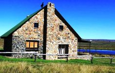 Holingsberg Oom Org Chalet is a romantic weekend getaway in Dullstroom. Holingsberg Oom Org Chalet is situated 6 km from Dullstroom . Romantic Weekend Getaways, Cabin, Adventure, House Styles, Places, Travel, Home Decor, Future, Chalets