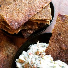 Super Crunch Super Seed Crackers that are so easy to make! #vegan #glutenfree #paleo #plantbased