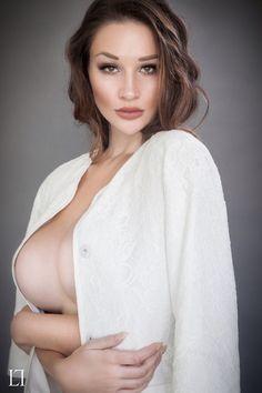 Alina lewis boobs nude