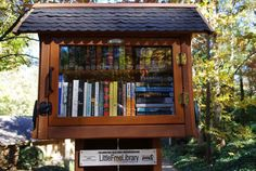 On Saturday, May the first Little Free Library Festival took place in Minnehaha Park. The event was hosted by the Little Free Library… Little Library, Little Free Libraries, Free Library, Library Books, Library Ideas, Sandy Springs Georgia, Library Organization, Lending Library, Countries Around The World
