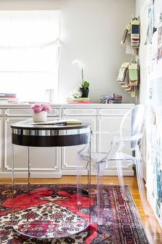 A Visit To The Glamour Nest At Home With Designer Jess McClendon