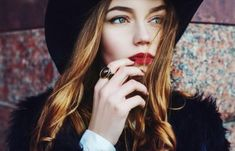 Outdoor portrait of a young beautiful fashionable lady wearing stylish black fur coat and wide-brimmed hat. Model looking aside. Beauty Care, Hair Beauty, Wide Brimmed Hats, Outdoor Portraits, Color Melting, Model Look, Young And Beautiful, Natural Skin Care, Photo Editing