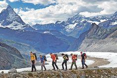 """Aufstieg zur Monte-Rosa-Hütte, vor dem """"Horu"""" (Matterhorn) Augenblicke: Gipfelerlebnis überm Eismeer - Coopzeitung - Die grösste Wochenzeitung der Schweiz"""