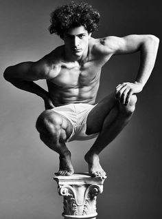 """Cyrus Amini is Fit for H Magazine Classical sculptures come to mind with a new editorial from H magazine. Entitled """"Remnants of the Past,"""" the story features none other than Cyrus Amini Action Pose Reference, Human Poses Reference, Pose Reference Photo, Figure Drawing Reference, Body Reference, Anatomy Reference, Action Posen, Gesture Drawing Poses, Figure Drawing Models"""