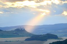Spis Castle sunset rays